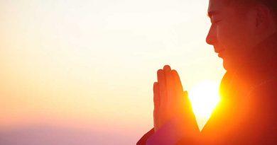 Geistige Heilung erlangen durch Meditation unter Ibizas Einfluss