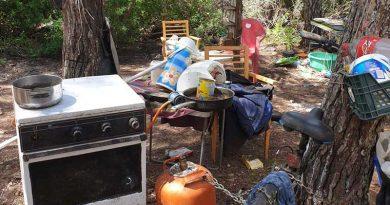 Illegale Camper aus dem Waldgebiet von Cala Nova auf Ibiza vertrieben