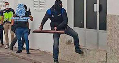Netzwerk von Migrantenschmugglern mit einem Verdächtigen auf Ibiza hochgenommen