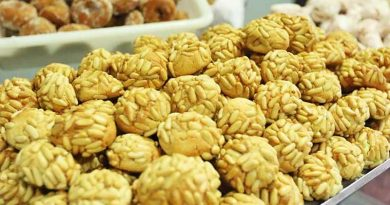 Süßigkeiten essen und die Ibiza-Mandel retten