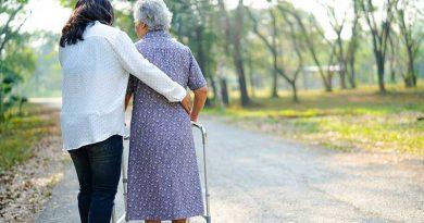 """""""Experiment mit der Bevölkerung"""": Seniorentagesstätte im Baskenland gibt bekannt, Nutzer nicht zu impfen"""
