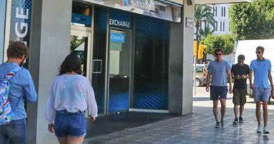 CaixaBank entlässt über 8.000 Mitarbeiter – Gestaffelte Abfindung auf Grundlage der Berufsjahre