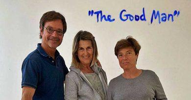 """Gottgleich: Der gute, gütige Mensch – Verschmelzung, Reinigung und Veränderung – Ausstellung """"The Good Man"""" im Espacio Micus"""