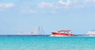 """""""SeaBus"""" verbindet Ibiza-Stadt und Santa Eulalia auf dem Seeweg – Inselrat preist die """"neue Form der Mobilität"""" an – Bürgermeister ist skeptisch"""